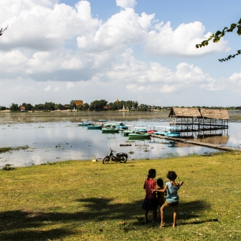 Life at Tonle Bati Lake