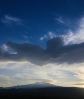 ETNA and the angelical cloud...