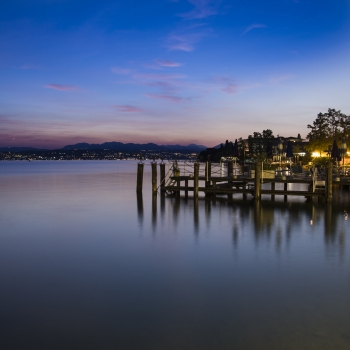 happy blue hour a sirmione