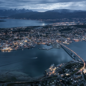 Tromso by night con Mavic pro 2
